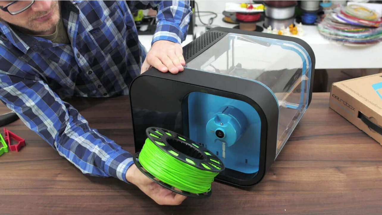 Featured image of CEL Robox 3D Printer: Unboxing & Setup (VIDEO)