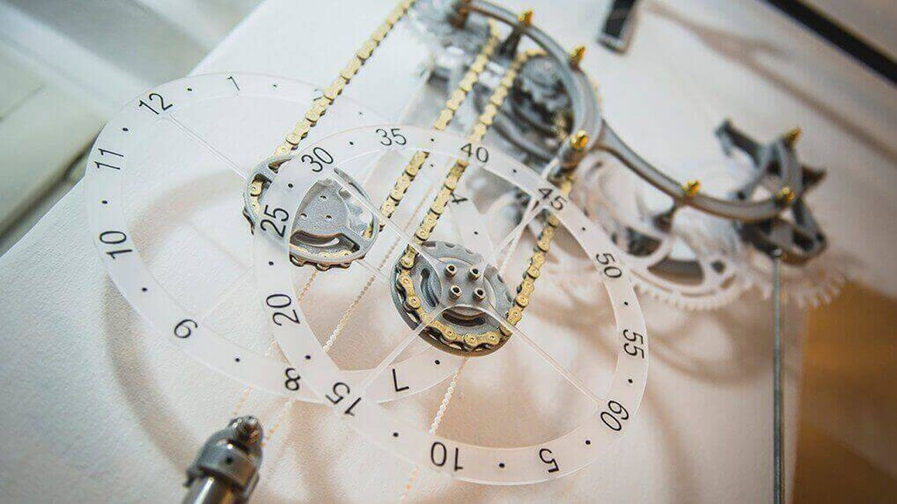 Featured image of Zmorph Shows How to Create a Custom Mechanical Clock
