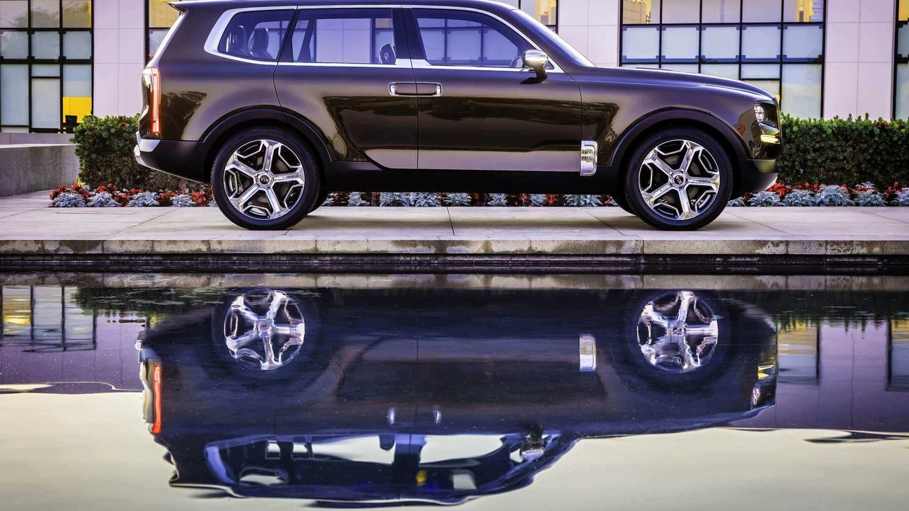 Featured image of 3D Printed Car Parts: A Major Statement in Kia's Newest Car