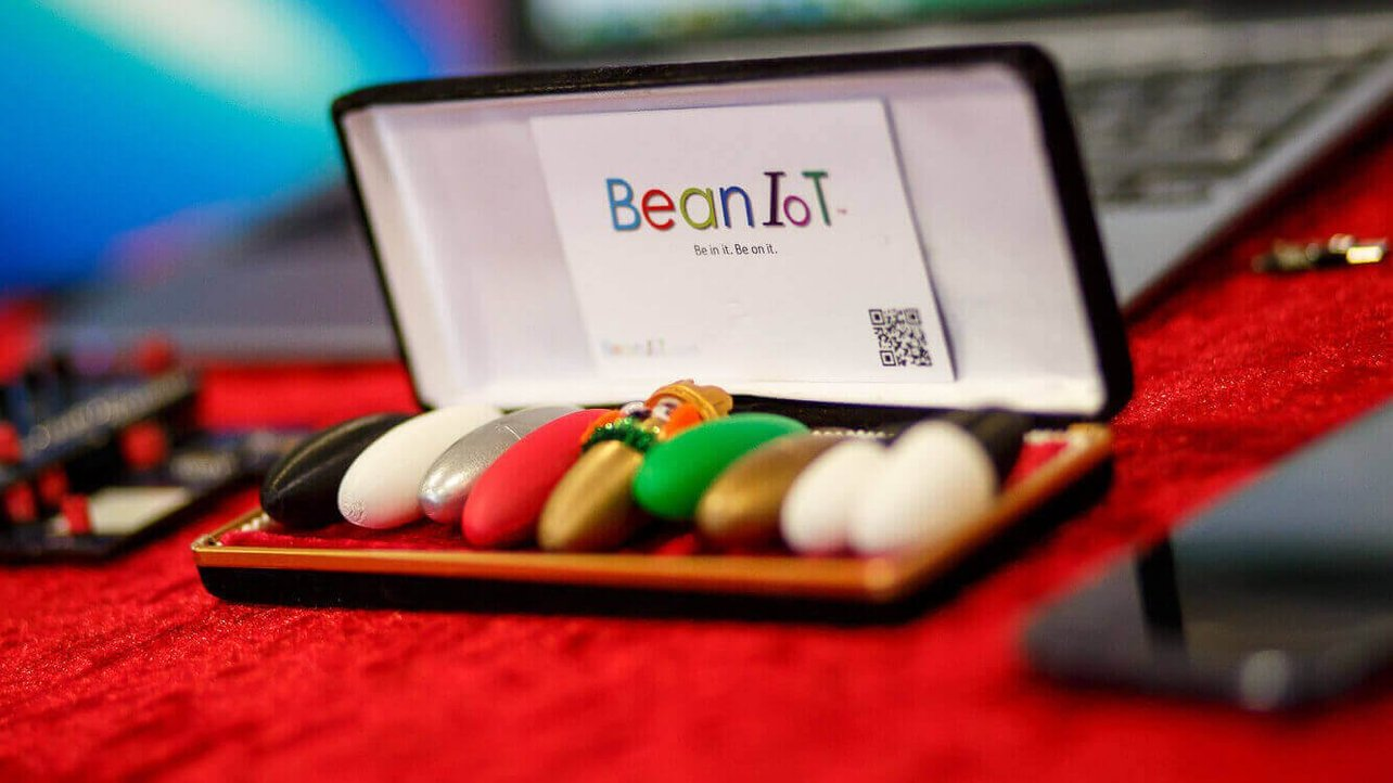 Featured image of BeanIOT is a Legume-shaped Sensor Package for Agriculture
