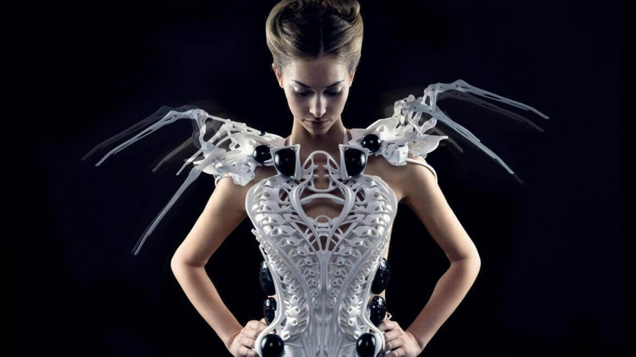 Featured image of Wipprecht Talks 3D Printed Spider Dress, FashionTech