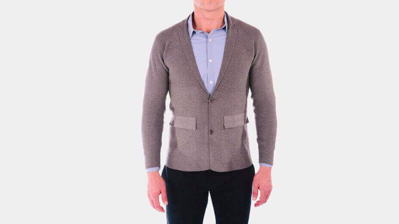 Featured image of This 3D Printed Seamless Jacket Looks Totally Handsome