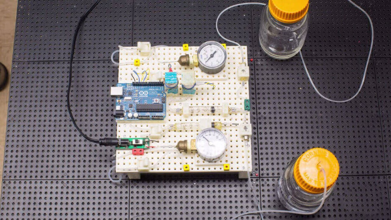 Featured image of 3D Printed LEGO System for Chemistry & Biology Labs