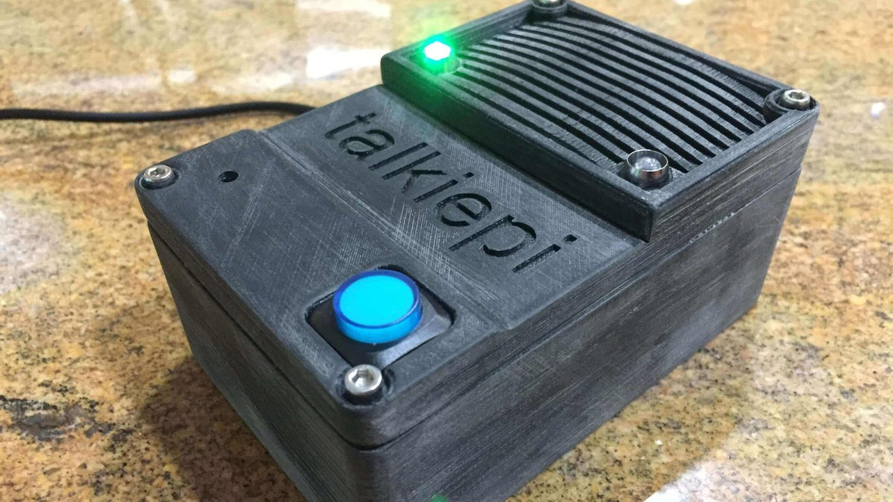 Featured image of Build a Walkie-Talkie With a Raspberry Pi and 3D Printing