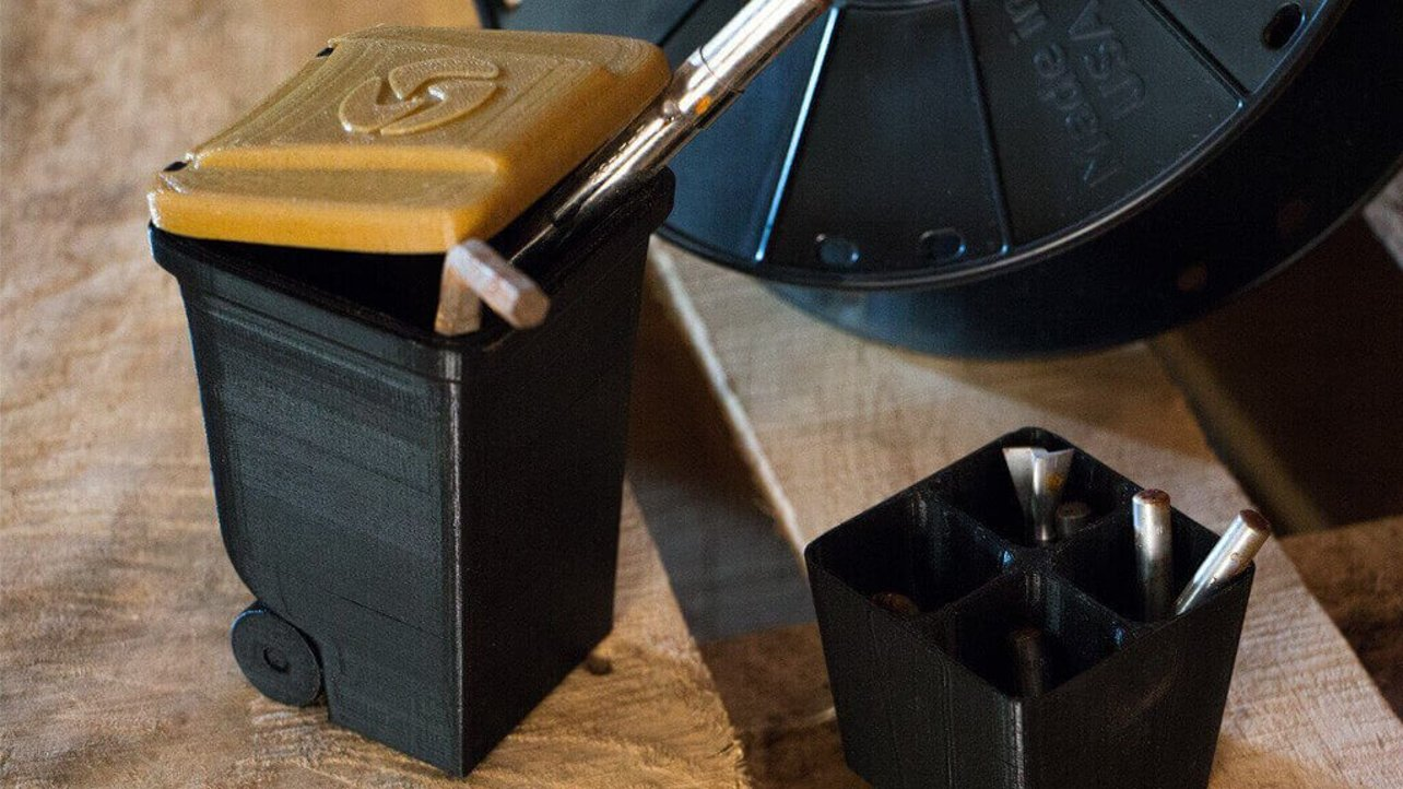 Featured image of Landfillament: 3D Printing with Upcycled Trash