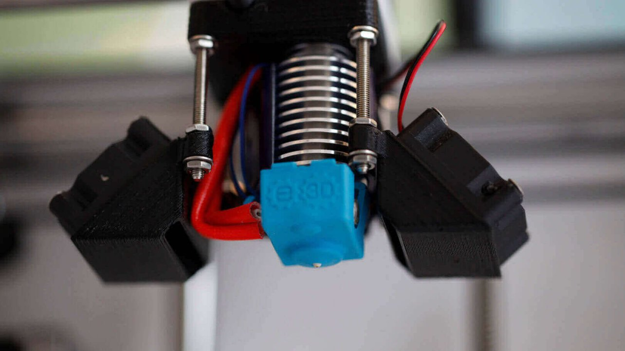 Featured image of E3D Ultimaker 2 Extrusion Upgrade Kit Review: The Ultimate Ultimaker 2 Upgrade?