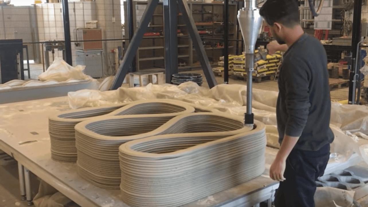 Featured image of TU Eindhoven Commences Construction of a 3D Printed Bridge for Bikes