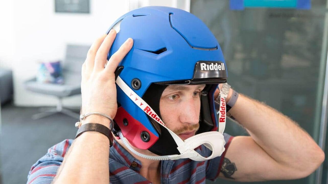 Featured image of 3D Scanning to Make Safer NFL Helmets