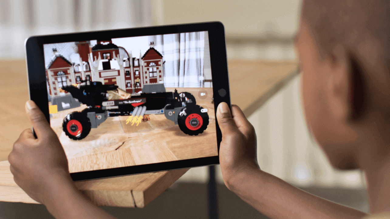 Featured image of Apple's iOS ARKit Makes 3D Sketching and Modeling Easy