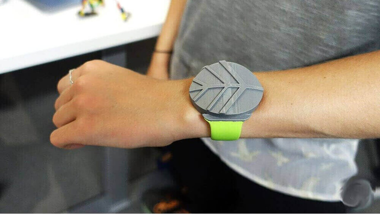 Featured image of Kids 3D Printing Insanely Great Stuff at Apple Summer Camp