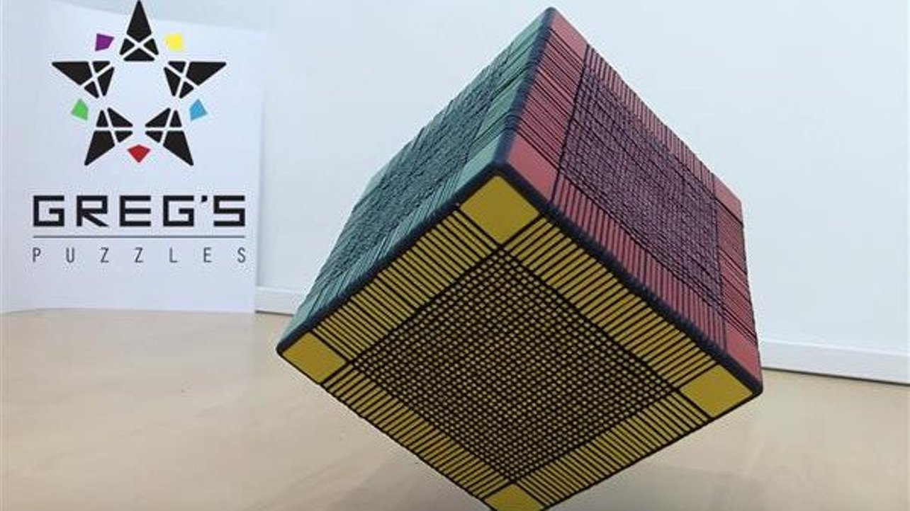 Featured image of Ridiculous 33x33x33 Rubik's Cube Features Over 6,000 3D Printed Parts