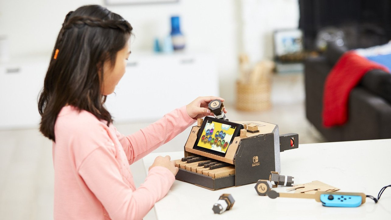 Featured image of Nintendo Labo Lets You Build DIY Cardboard Creations