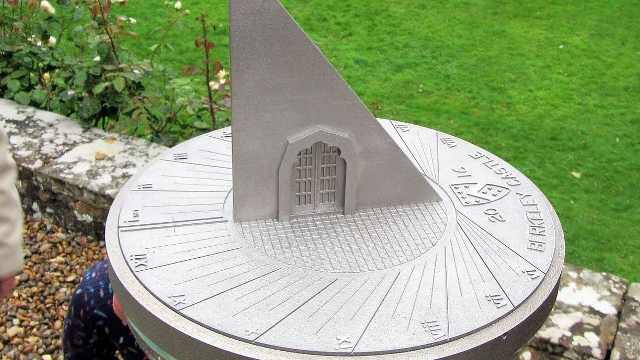 Featured image of Renishaw Metal 3D Printed Sundial Installed in Berkeley Castle Gardens