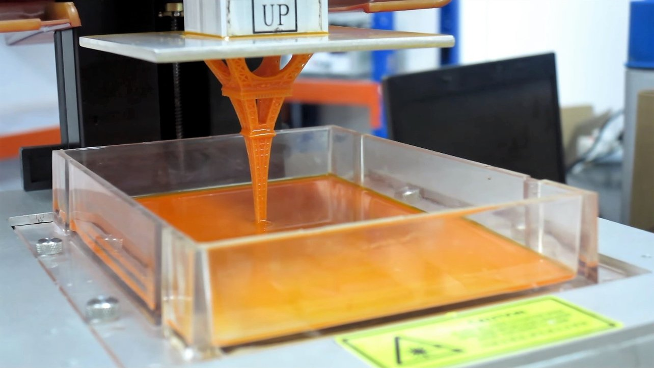 Featured image of Liquid 3D Printer and 3D Printer Ink – What is it?