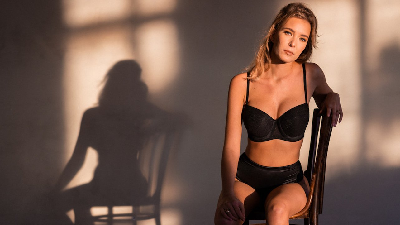 Featured image of Arí van Twillert Launches Comfortable and Stylish 3D Printed Lingerie