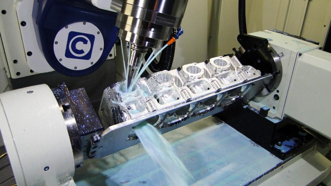 Featured image of 5-Axis CNC Machine: All You Need to Know