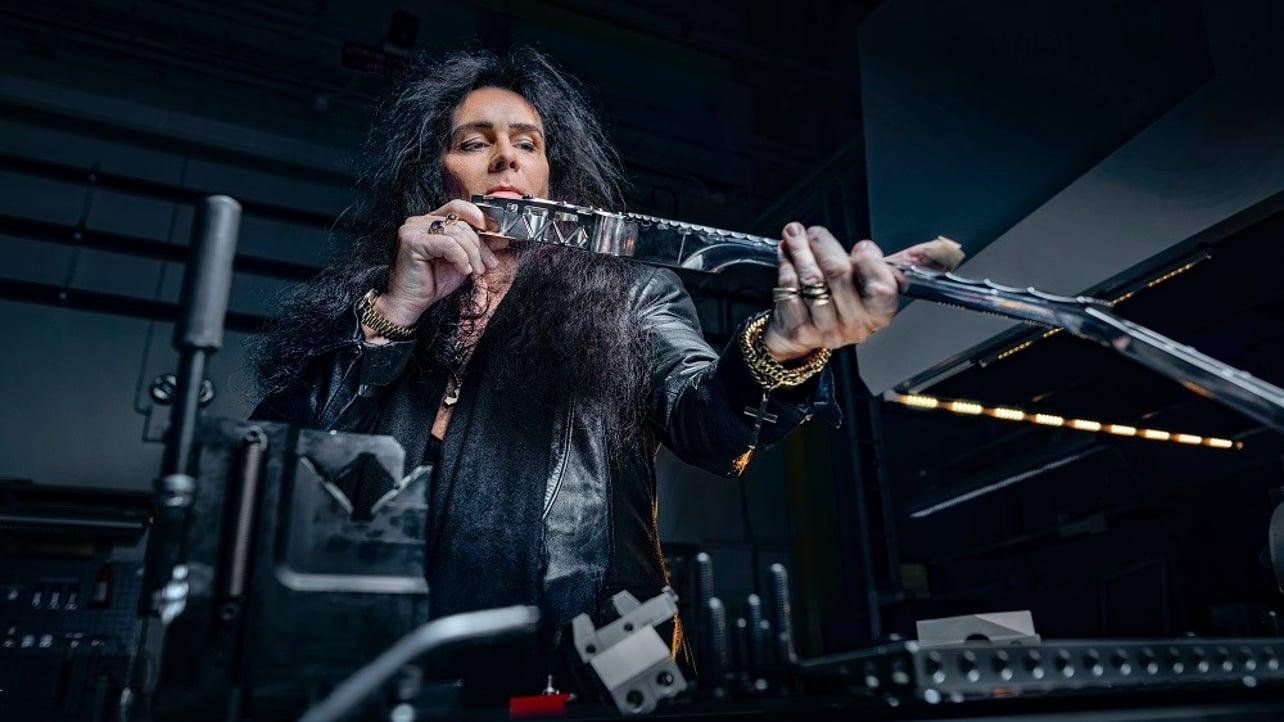 Featured image of Sandvik Challenges Rocker to Break Its Smash-proof 3D Printed Guitar