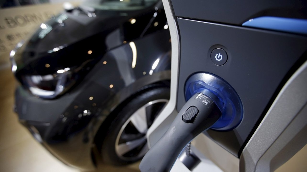 Featured image of How 3D Printing is Speeding up the Development of Electric Cars