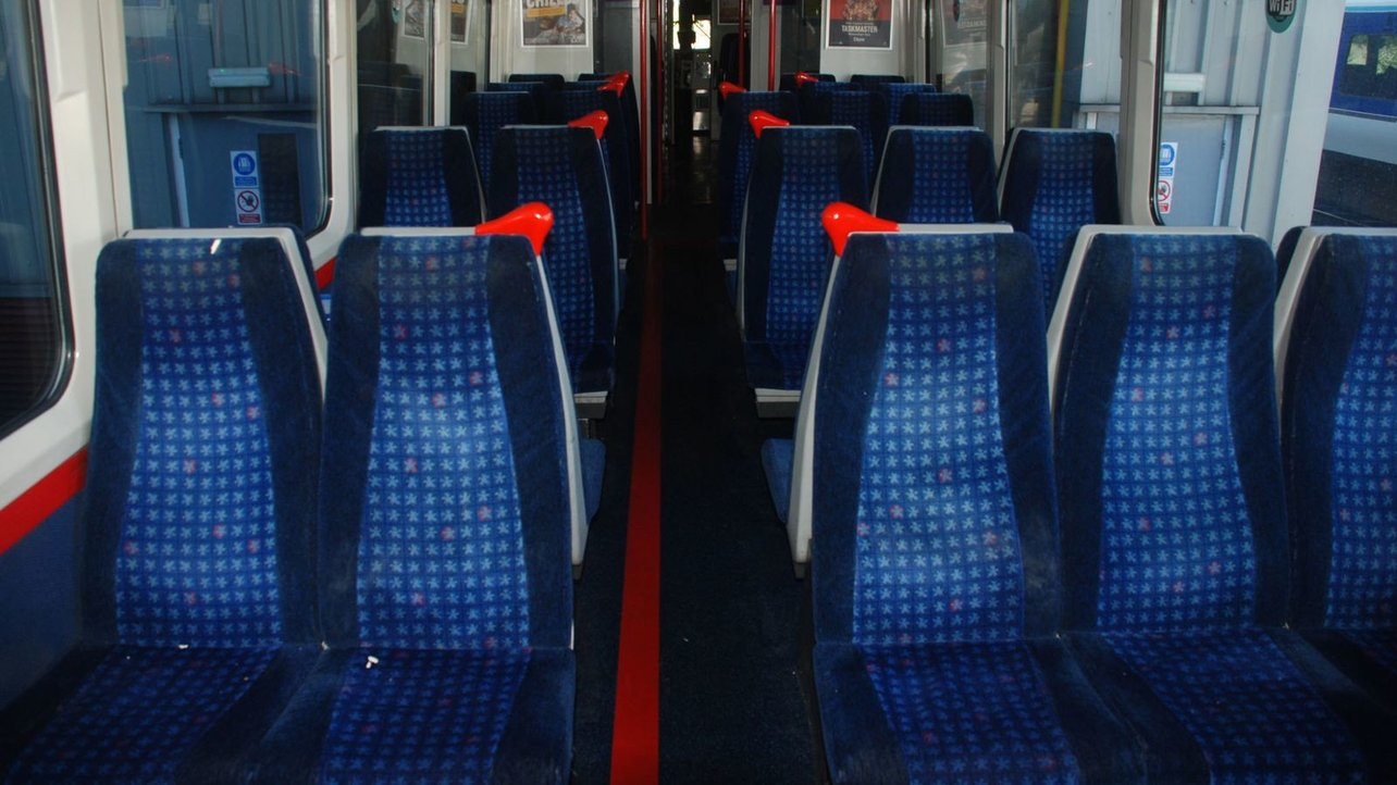 Featured image of UK Railways Services Now Have 3D Printed Armrests and Grab Handles