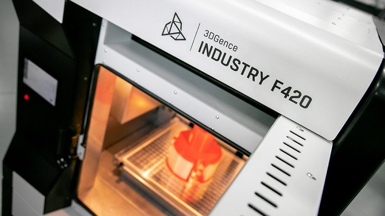 Featured image of 3DGence Premiering Industry F420 Industrial 3D Printer at Formnext