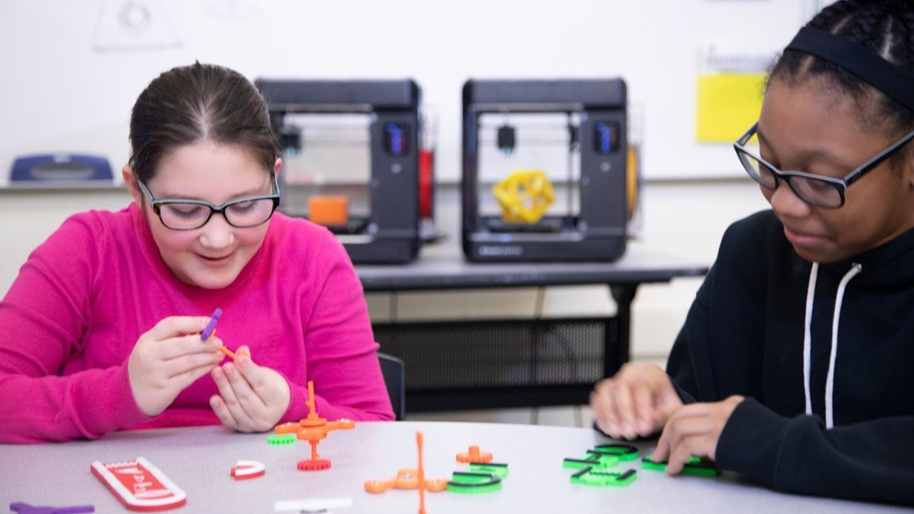 Featured image of MakerBot Broadens 3D Printing in Schools with Sketch Classroom