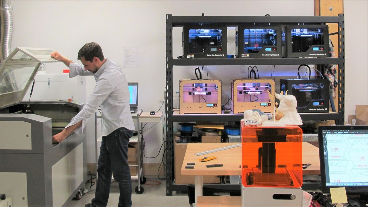 Featured image of 3D Printing Service Near Me: How to Find One