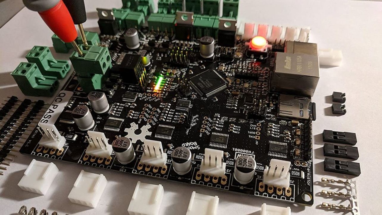 Featured image of Smoothieboard: Review the Specs