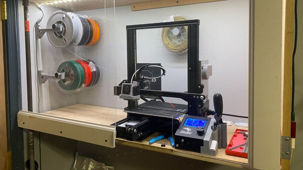 Featured image of Ender 3 (Pro/V2) Enclosure: 6 Ways to Build or Buy One