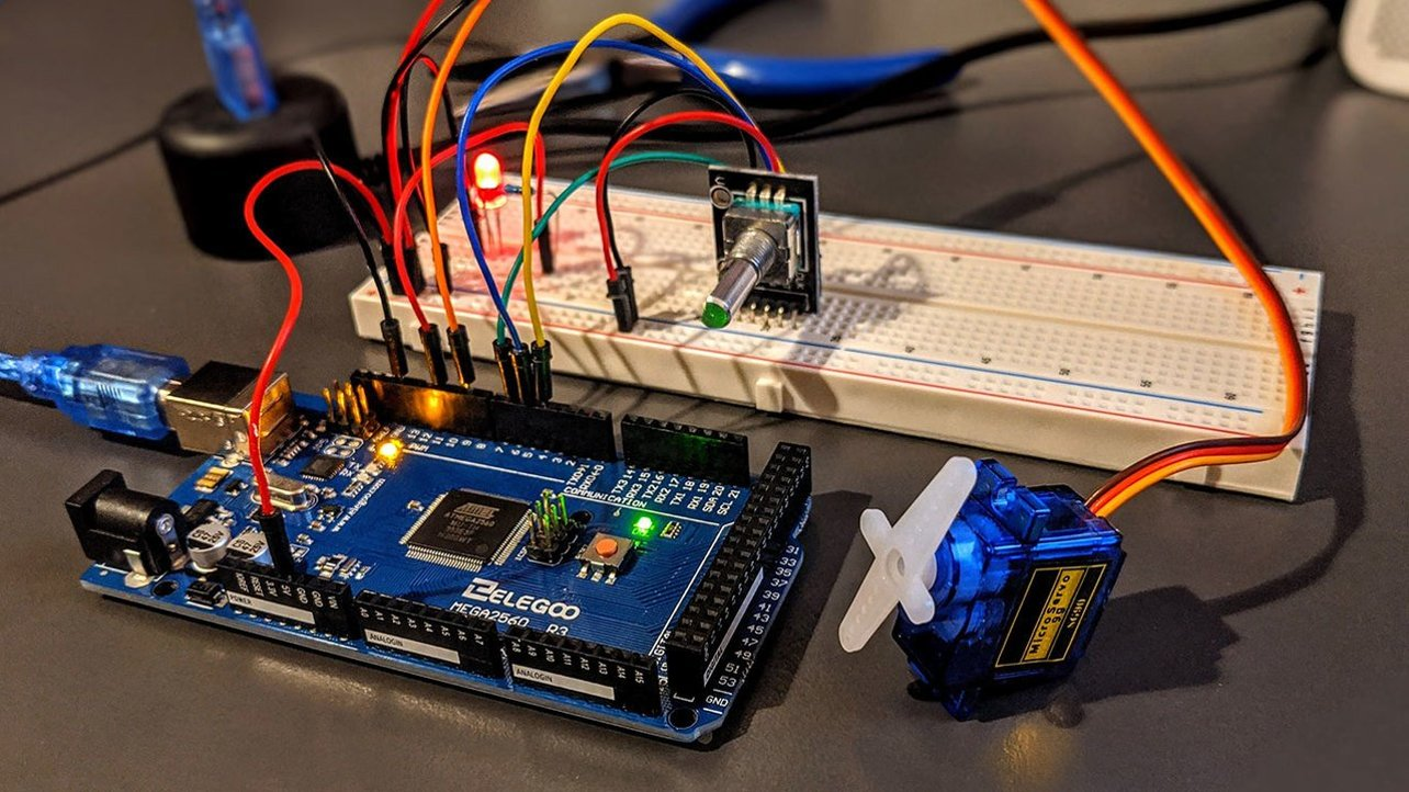 Featured image of 10 Great Arduino Mega 2560 Projects in 2021