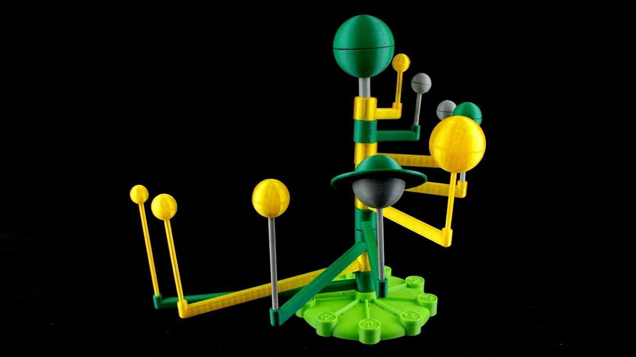 Featured image of 3D Printed Solar System: 10 Great Orreries & Models