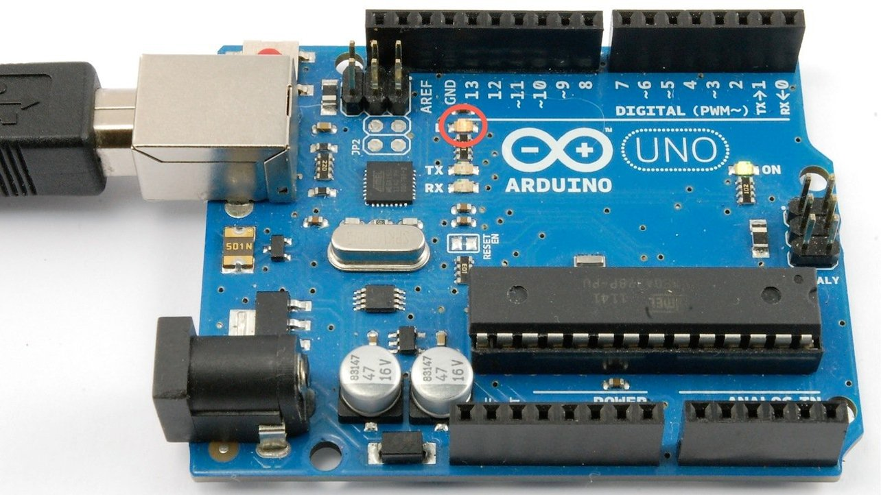 Featured image of 10 Best Arduino Tutorials (Most Are Free)