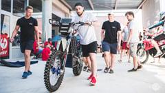 Featured image of Elektrisches Motorrad mit SLS 3D-gedruckten Teilen
