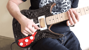 Featured image of 3D Printed Guitar Inspired by H.R. Giger