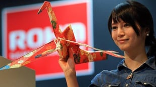 Featured image of Japanese Paper Drone Weighs 1oz, Flies Like a Bird