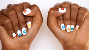 Featured image of 3D Printer Nailbot: Print Instant Nail Art With Your Phone