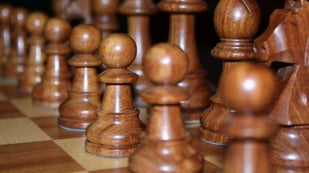Featured image of Lecturer Uses 3D Printing to Complete WW1 Chess Set