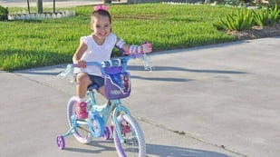 Featured image of Public Library uses 3D Printer to give 5-year-old Girl a Prosthetic Hand