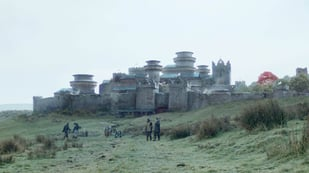 Featured image of Winterfell from Game of Thrones is 3D Printed in Cement