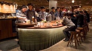 Featured image of Starbucks 3D Printed a Bar for its New Shanghai Roastery