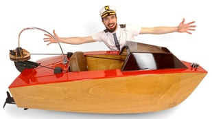 Featured image of Sail Away on DIY Electric Mini Boat Made with 3D Printing and Laser Cutting
