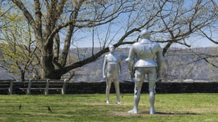 Featured image of Artist Uses 3D Printing to Creates Replica Suits of Armor for Art Installation