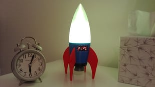 Featured image of [Project] Keep it Cool With a 3D Printed Retro Rocket LED Lamp/Thermometer
