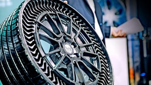 Featured image of Michelin and GM Unveil 3D Printed Puncture Proof Tire Prototype Called Uptis