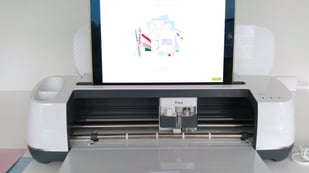 Featured image of Cricut Maker Projects: 10 Ideas to Craft with Your Machine