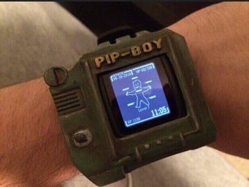 Image of Fallout Props & Toys to 3D Print: Pebble Time Pip-Boy Case