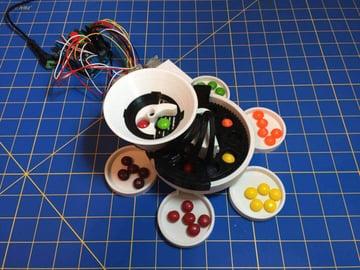 Image of Die besten Arduino-Projekte für deinen 3D-Drucker: Skittles-Sortierautomat