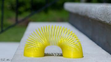 Image of Great DIY Fidget Toys & Fidget Spinner Alternatives: Slinky