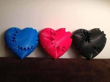 Image of Great DIY Fidget Toys & Fidget Spinner Alternatives: Three Heart Gears
