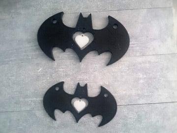 Image of Batman 3D Logos And Symbols: Pendant with Heart Cutout