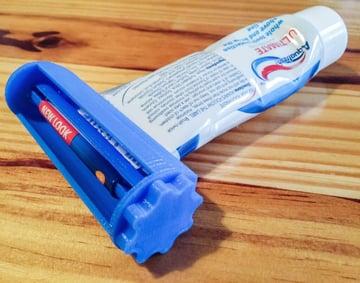 Imagem de Coisas para imprimir em 3D: Espremedor de tubo de pasta de dente